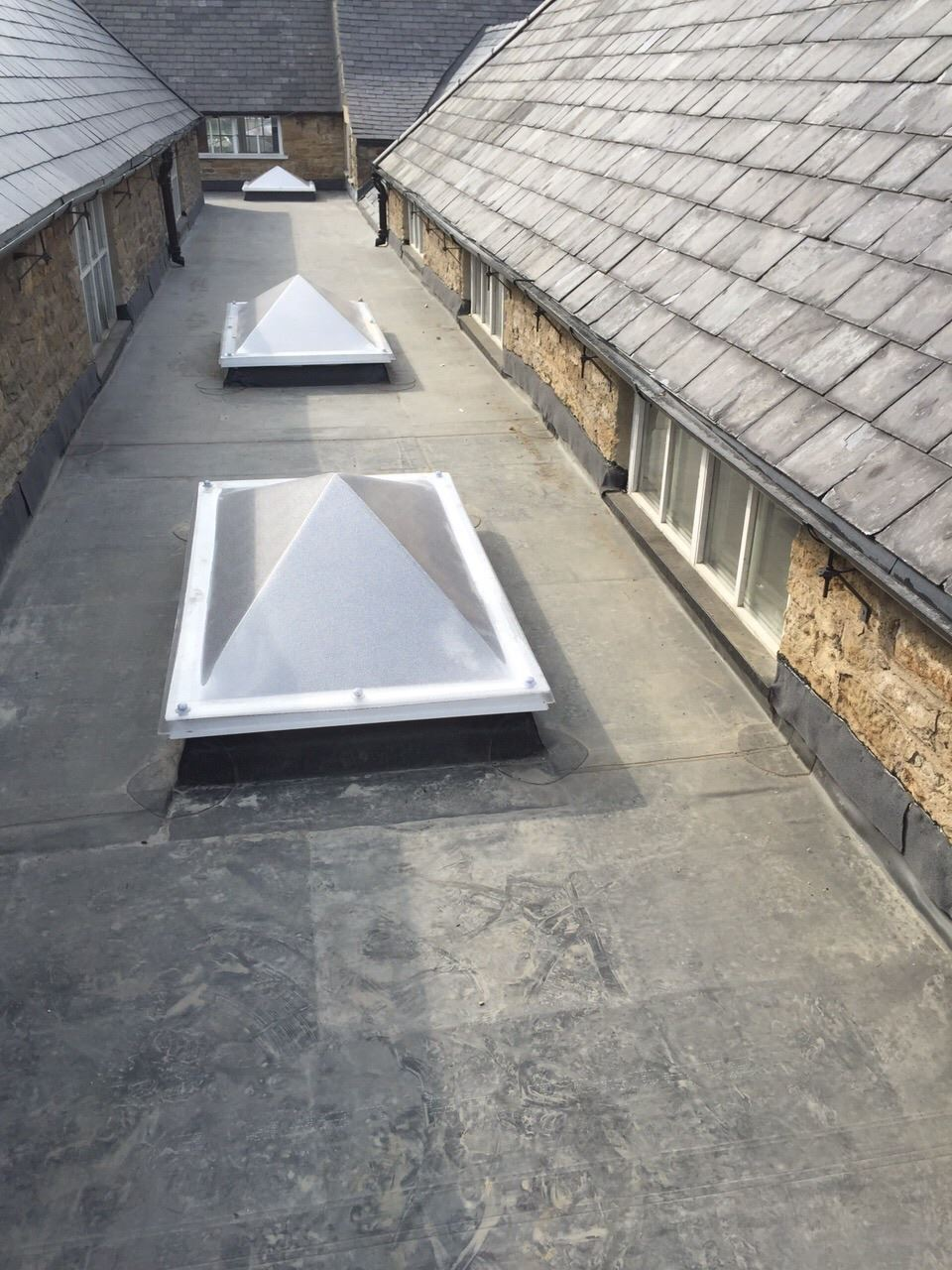 firestone epdm rubber roofing for durham county council. Black Bedroom Furniture Sets. Home Design Ideas